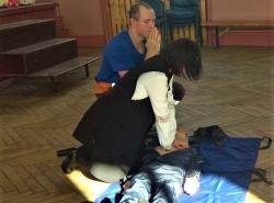 Продолжаем проводить обучение методам оказания первой помощи пострадавшим.