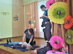 5 ноября состоялось выездное занятие с образовательными организациями Правдинского района по обучению методам оказания первой помощи пострадавшим._1